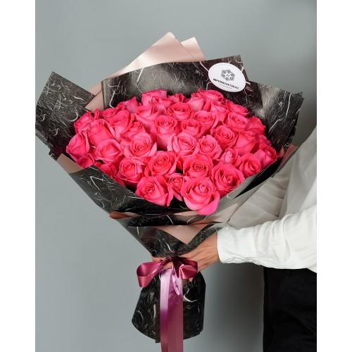 Купить на заказ Букет из 51 розовых роз с доставкой в Каскелене