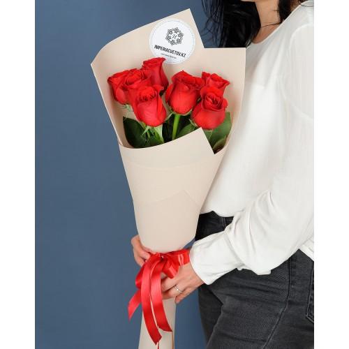 Купить на заказ Букет из 7 роз с доставкой в Каскелене